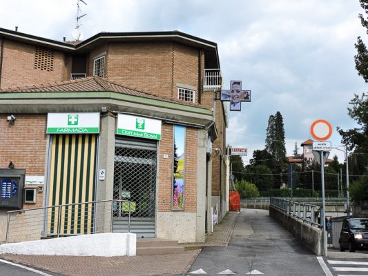 Croce farmacia led fullcolor a Varese